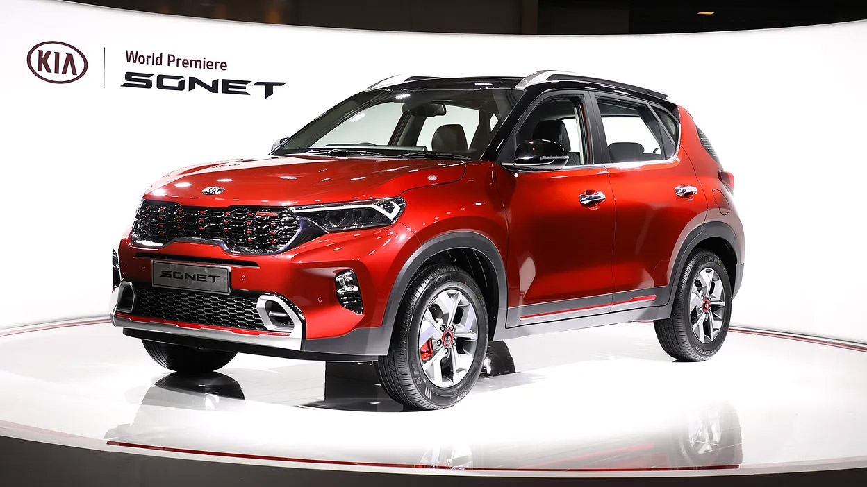 First Kia Sonet Rolls Off the Assembly Lines in India 8