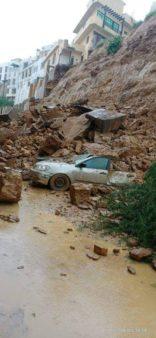 Multiple Vehicles Damaged due to Landslide in Karachi 3