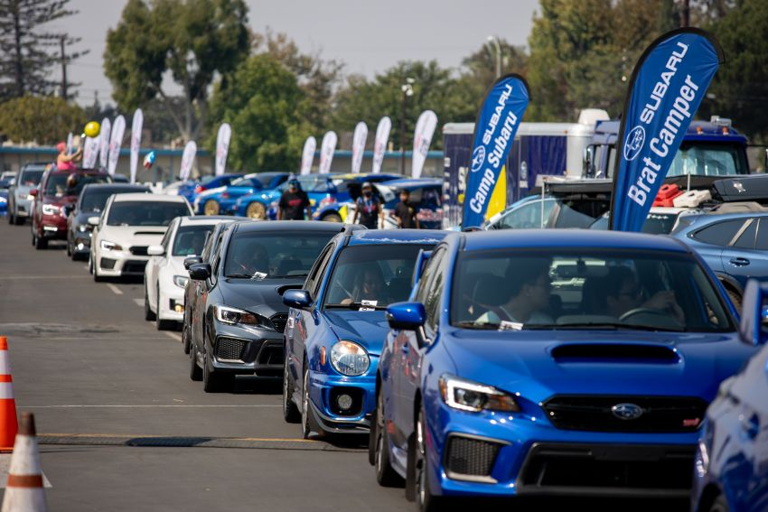 Subaru Broke the Guinness World Record for Largest Parade of Cars 2