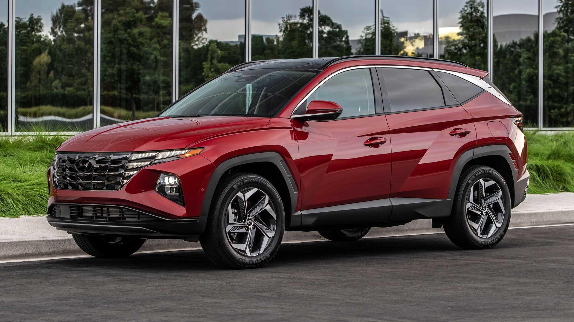 New Hyundai Tucson Takes the Dreaded European Moose Test 1