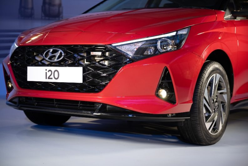 All New Hyundai i20 Hatchback Launched in India from INR 6.79 Lac 4