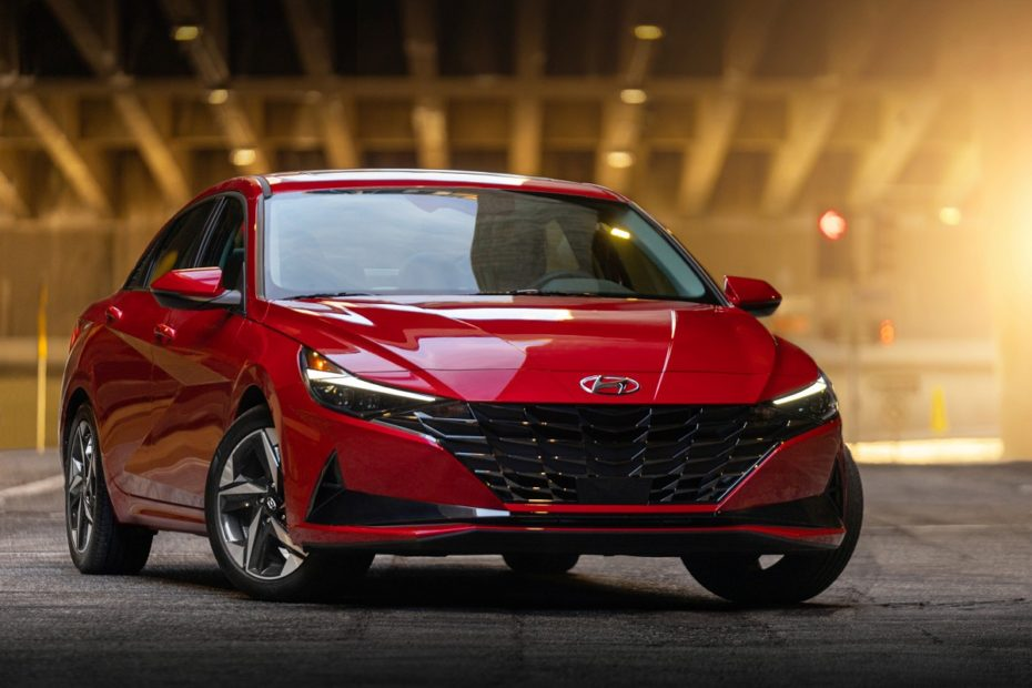 Hyundai Elantra Wins North American Car of the Year Award 3
