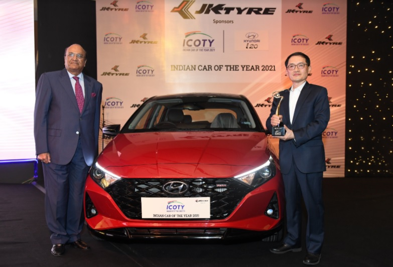 Hyundai i20 Hatchback Wins 2021 India Car of the Year Award 1