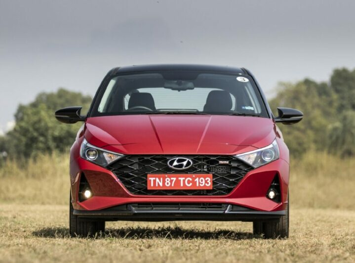 Hyundai i20 Hatchback Wins 2021 India Car of the Year Award 5