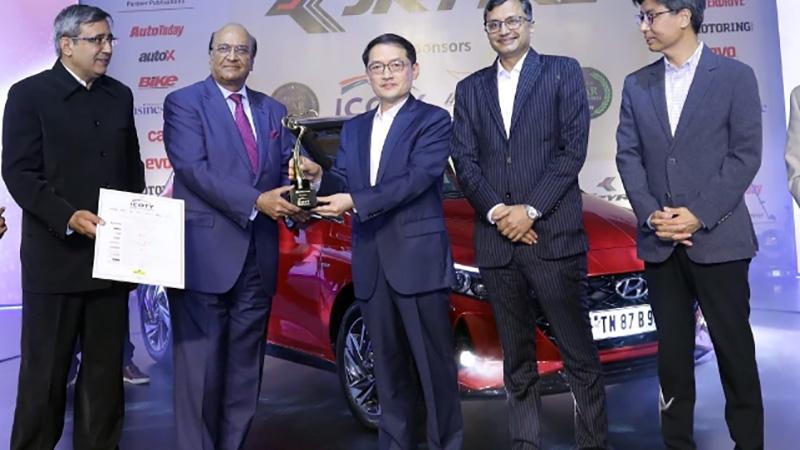 Hyundai i20 Hatchback Wins 2021 India Car of the Year Award 1
