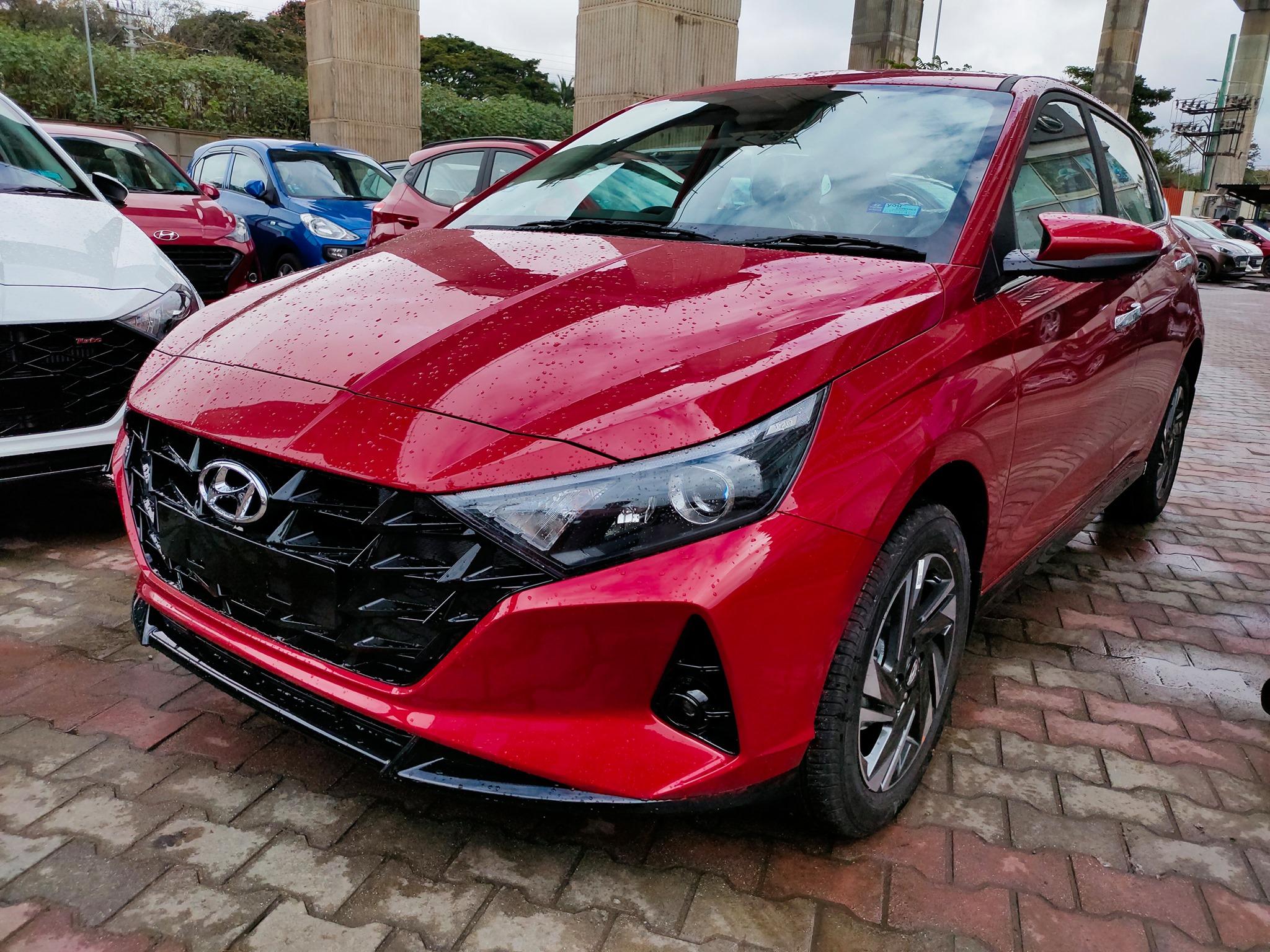 Hyundai i20 Hatchback Wins 2021 India Car of the Year Award 3