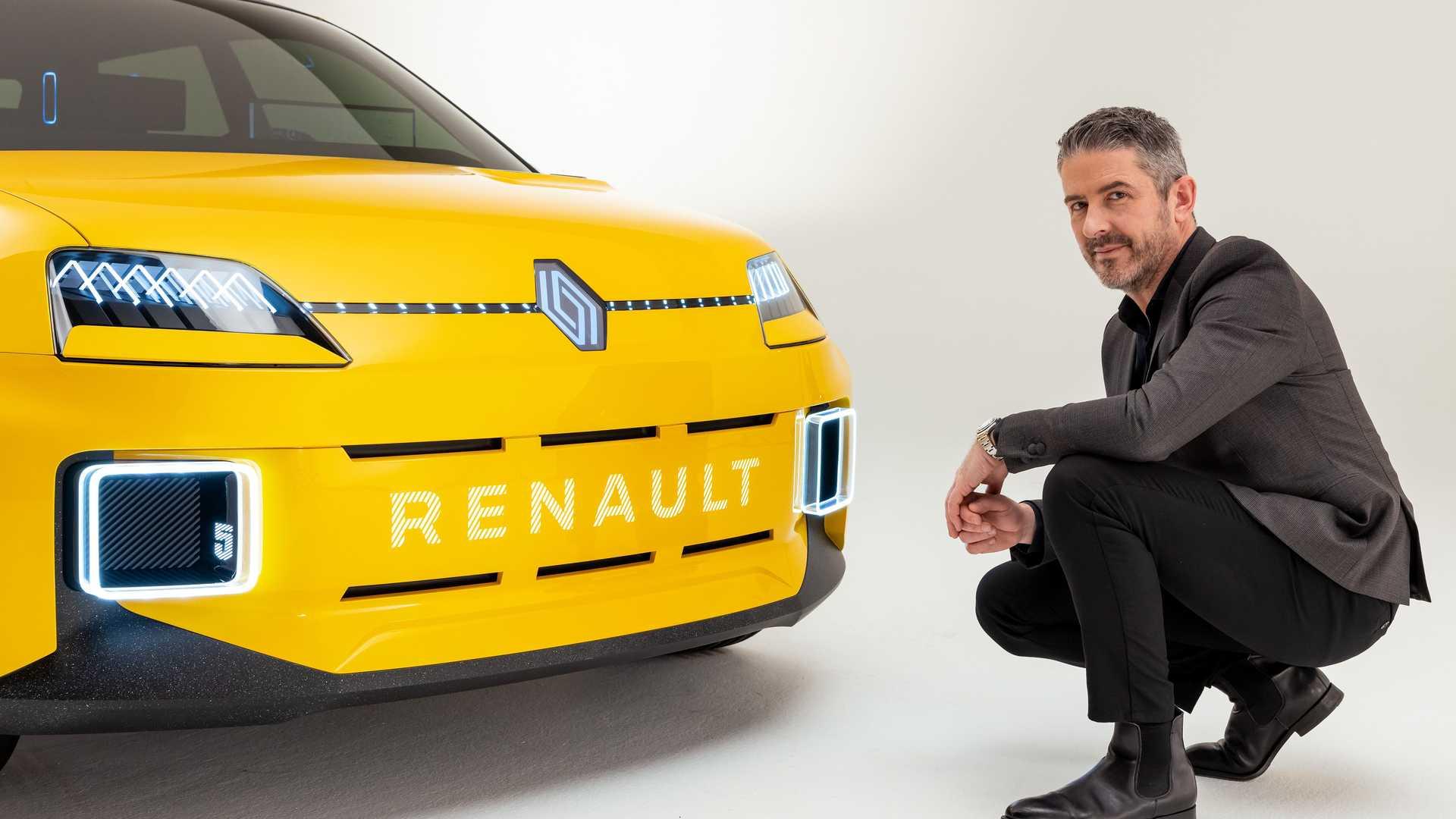 Renault Revamping Its Logo 3