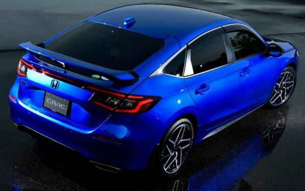11th Gen Honda Civic Hatchback Debuts 20