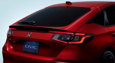 11th Gen Honda Civic Hatchback Debuts 3