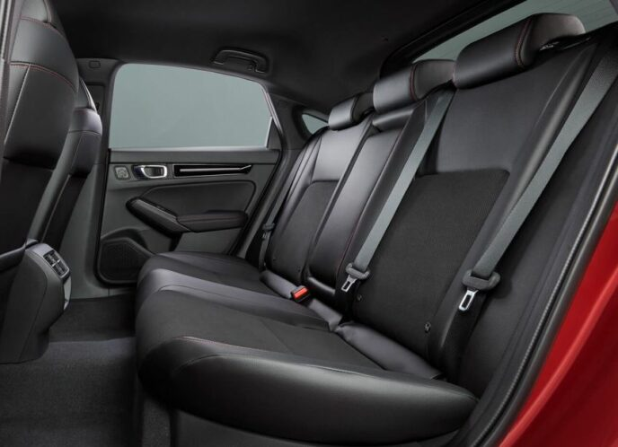 11th Gen Honda Civic Hatchback Debuts 11