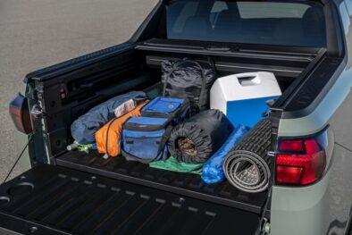 Hyundai Unveils the Santa Cruz Pickup 16