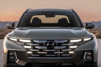 Hyundai Unveils the Santa Cruz Pickup 15