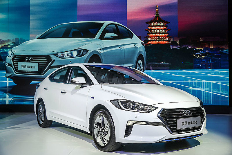 History of Hyundai Elantra 28