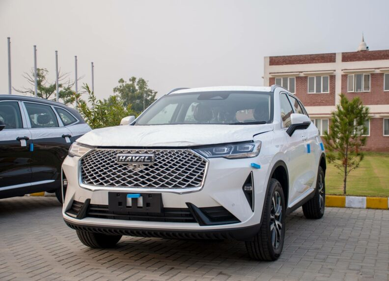 Are Chinese CUVs Taking Over? 24