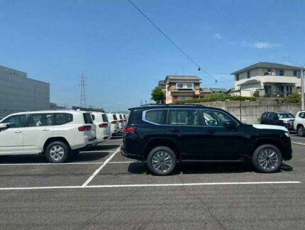 Next Gen Toyota Land Cruiser Engine & Specs Leaked 11