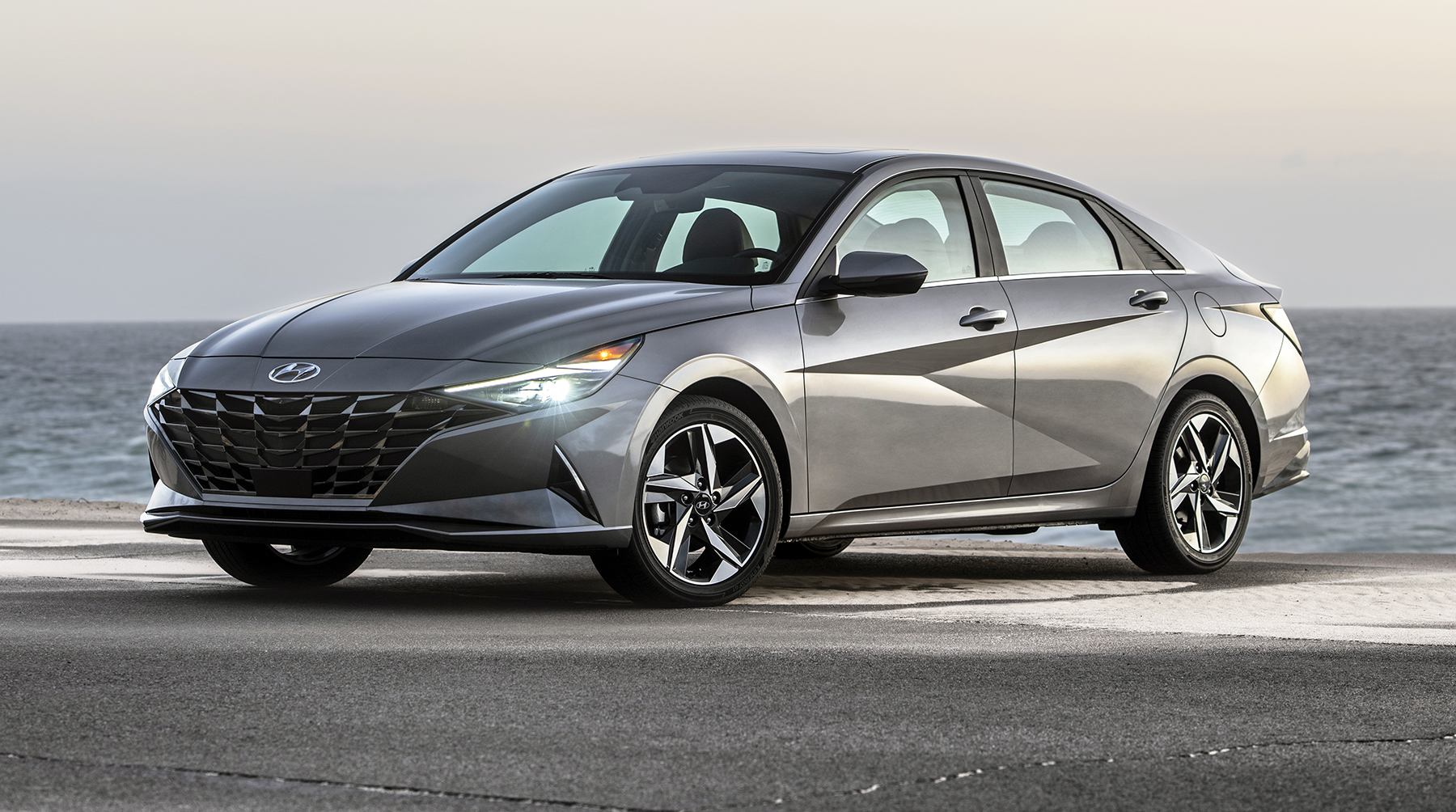 New Hyundai Elantra Wins 2021 Hispanic Best Car Model Award 2