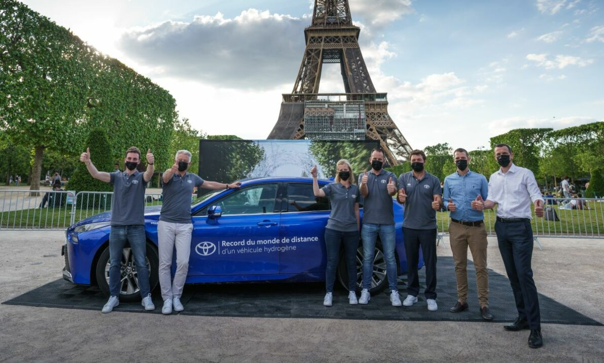 Toyota Snatches World Hydrogen Distance Record from Hyundai 4