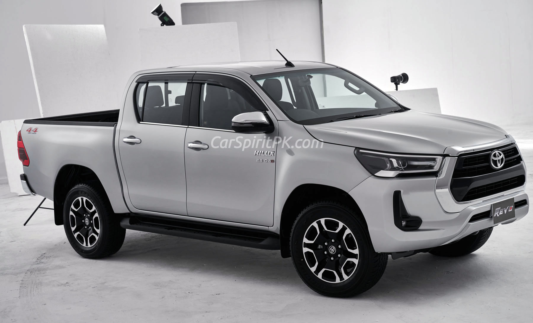 Booking of New Toyota Hilux Revo Facelift is Open 2