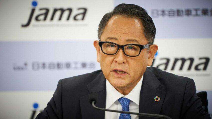 akio toyoda presiding the jama september 9 press conference 2