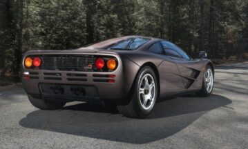 1995 McLaren F1 Auctioned for Record $20.465 Million 3