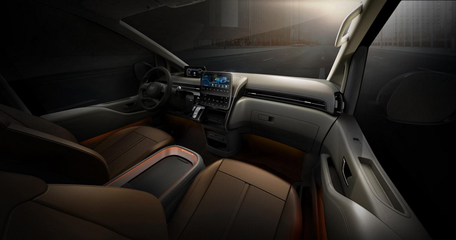 Hyundai Staria Revealed Ahead of Debut 4